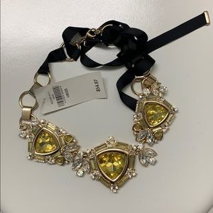 Banana republic statement necklace - never worn